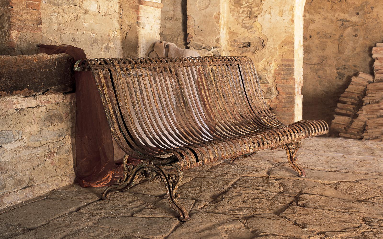 Tavolo giardino in ferro battuto - Mobili da giardino in ferro ...