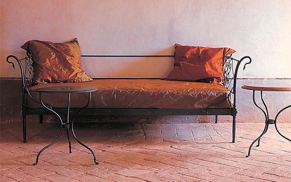 divano ferro battuto